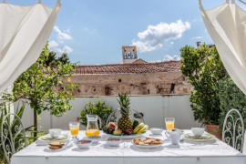 Terrace, charm and relax in the heart of La Kalsa by Wonderful Italy