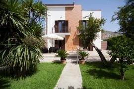 Villa with garden by Mondello Beach