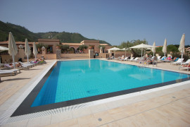 Sun House con piscina