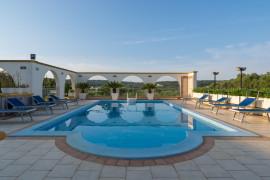 Casa Mimosa A a Villa Safi con piscina