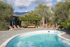 Villa San Massimo with pool by Wonderful Italy