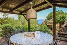 Villetta con giardino tra mare e natura