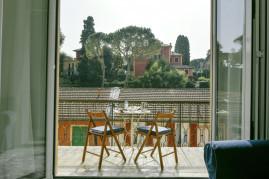Una Finestra su Villa Durazzo