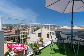 Appartamento con 3 terrazze in Piazza Magione