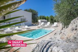 Villa Antinoo con piscina e jacuzzi