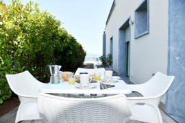 Residenza Miralago with pool - Ground floor Studio Apartment