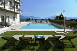 Residenza Miralago with pool - Two-bedroom with terrace