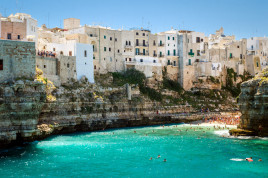 Boat tour of Polignano a Mare