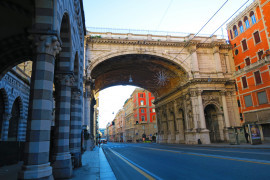Speleologist for a day in the Monumentale Bridge in Genoa