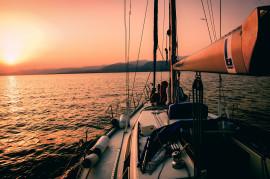 Cena e pernottamento in barca a Mola di Bari