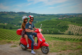 Vespa tour Langhe, wine museum tour and Barolo wine tasting