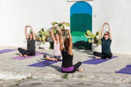 Outdoor Yoga Ostuni: the wonder inside and around you