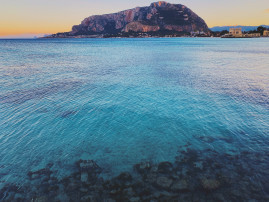 Mondello, the elegant beach in Palermo