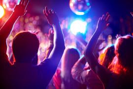 Napoli LGBT+ di sera: locali, piazze e serate gay