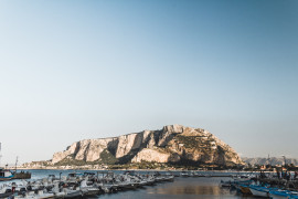 Sea houses in the surroundings of Palermo