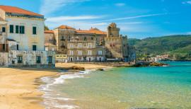 Sandy beaches in Campania